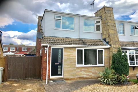 3 bedroom semi-detached bungalow for sale - Langton Road, Holton Le Clay, Grimsby, North East Lincolnshir, DN36
