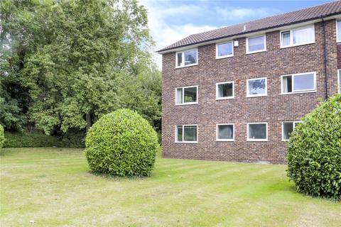 2 bedroom maisonette to rent - Broadlands Court, Wokingham Road, Bracknell, Berkshire, RG42