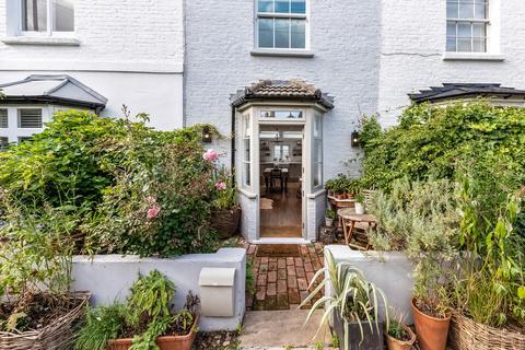 2 bedroom terraced house for sale - Choumert Square, SE15