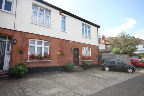 1 bedroom flat for sale - West Road, Westcliff-on-Sea