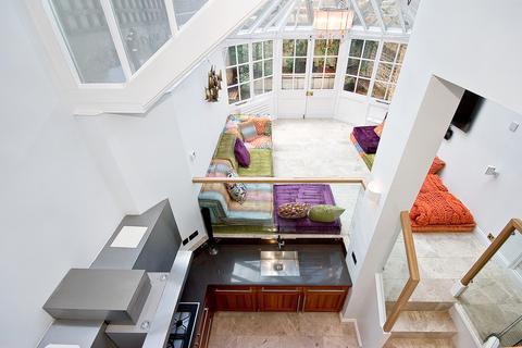 4 bedroom terraced house to rent - Trevor Square, Knightsbridge SW7