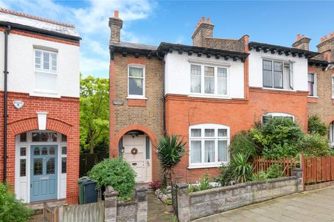 3 bedroom end of terrace house for sale - Casewick Road, London, SE27