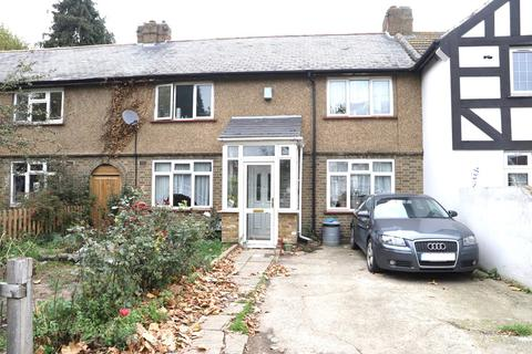 3 bedroom terraced house for sale - Heathway, The Common, Southall