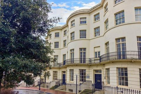 1 bedroom flat for sale - Liverpool Terrace, Worthing