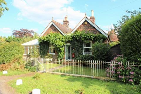 3 bedroom detached bungalow for sale - Lucks Lane, Paddock Wood