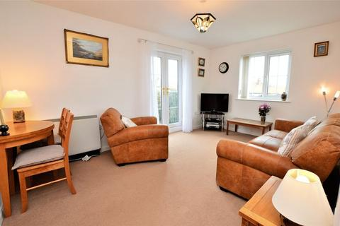 2 bedroom apartment for sale - Station Avenue, Whitby