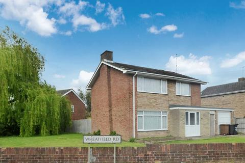 3 bedroom detached house to rent - Wheatfield Road, Luton