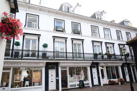2 bedroom flat to rent - The Pantiles, Tunbridge Wells, Kent, TN2