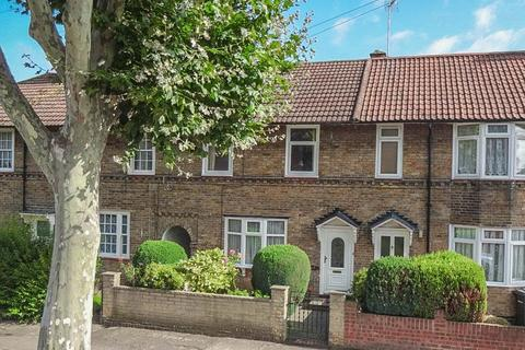 3 bedroom terraced house for sale - Gospatrick Road N17
