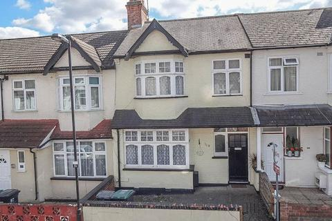 3 bedroom terraced house for sale - Wargrave Avenue N15