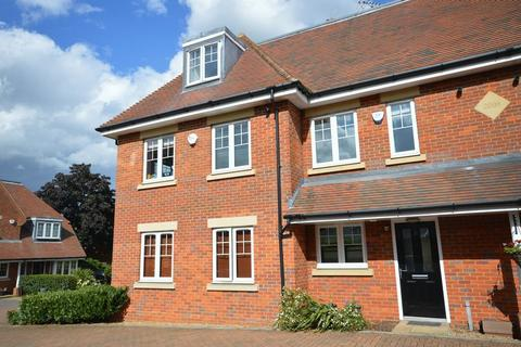 3 bedroom house to rent - Waldenbury, Beaconsfield