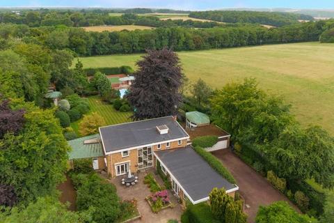 5 bedroom detached house for sale - Beamond End