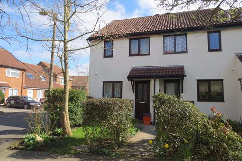 2 bedroom house to rent - Berenger Close, Old Town