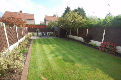 4 bedroom semi-detached house for sale - Moorfield Road, Crosby, Liverpool