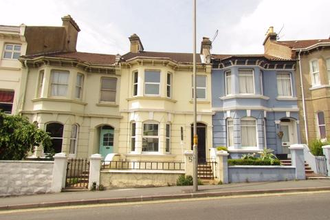 3 bedroom terraced house to rent - Queens Park Road, BRIGHTON, BN2