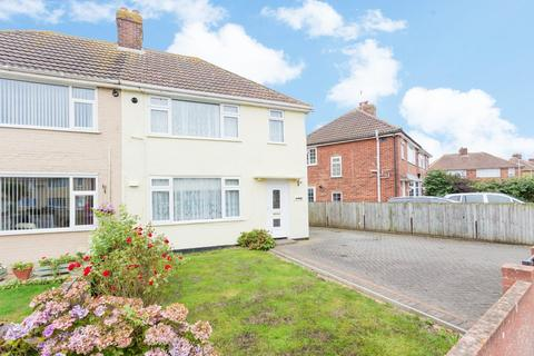 3 bedroom semi-detached house for sale - Cornwallis Avenue, Aylesham, Canterbury