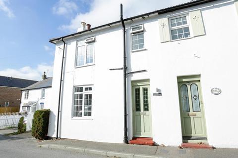 3 bedroom semi-detached house for sale - Kingsdown Road, St. Margarets-At-Cliffe, Dover
