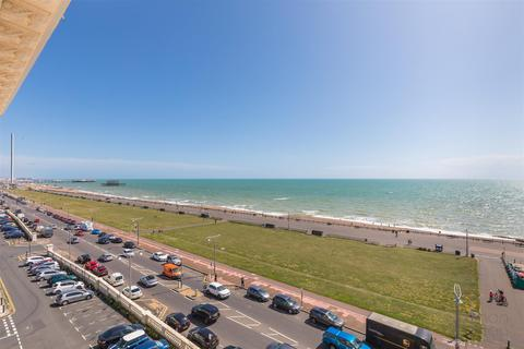 4 bedroom flat for sale - Adelaide Crescent, Hove