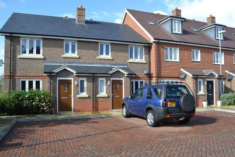 3 bedroom terraced house to rent - Lawrenson Mews, Billingshurst