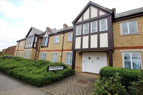 2 bedroom ground floor flat for sale - Sunderland Road, Sandy, SG19