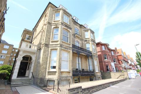 2 bedroom flat to rent - Third Avenue, Hove