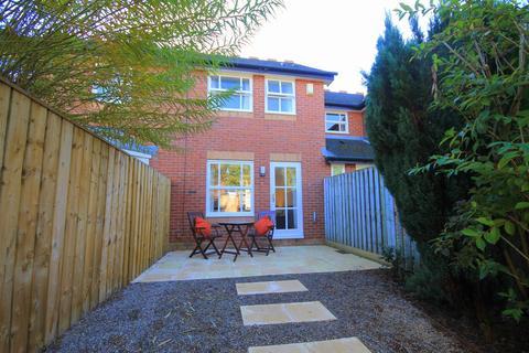 2 bedroom terraced house to rent - Douglas Villas, Durham City