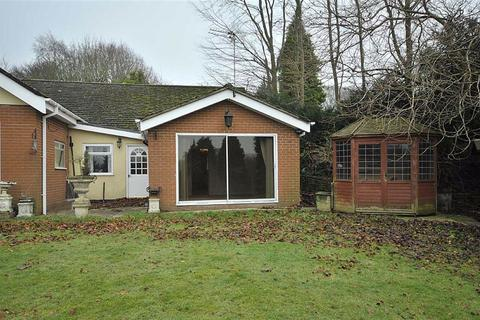 1 bedroom semi-detached bungalow to rent - Wilmslow Road, Mottram St Andrew