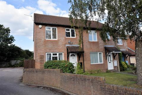 3 bedroom townhouse for sale - Latimer Drive, Calcot, Reading