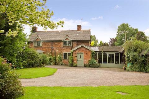 4 bedroom detached house for sale - Cholmondeley, Nr Malpas, SY14