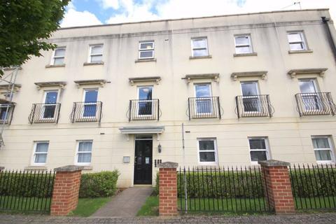 2 bedroom flat for sale - Kempley Close, Battledown Park, Cheltenham, GL52