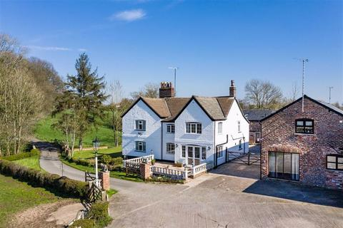 Detached house for sale - Faulkners Lane, Mobberley