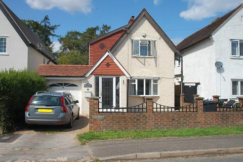 4 bedroom detached house to rent - Cross Lanes, Chalfont St Peter, SL9