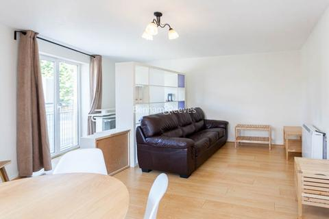 2 bedroom apartment to rent - Kelly Court, Garford Street, E14