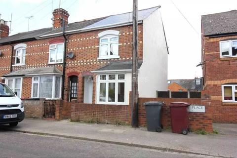 3 bedroom terraced house to rent - Brighton Road, Reading