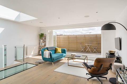 2 bedroom flat for sale - St Stephens Gardens, London, W2