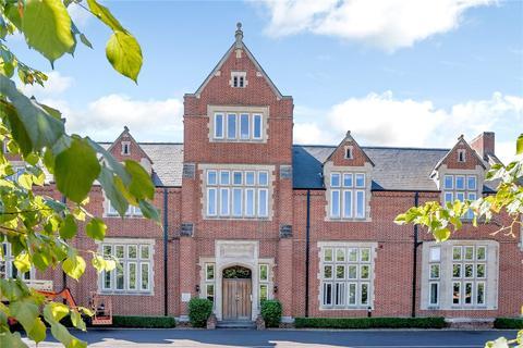 3 bedroom flat for sale - Wormestall Grange, Enborne Road, Newbury, Berkshire, RG14