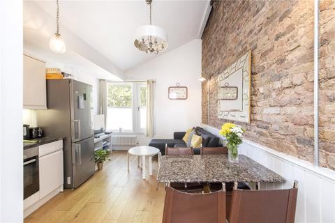 2 bedroom flat for sale - Tulse Hill, London, SW2