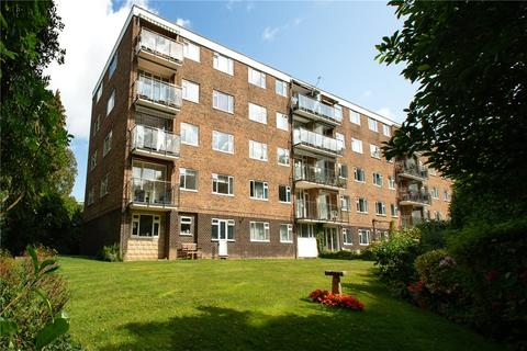 3 bedroom flat for sale - West Cliff Road, Bournemouth, Dorset, BH4