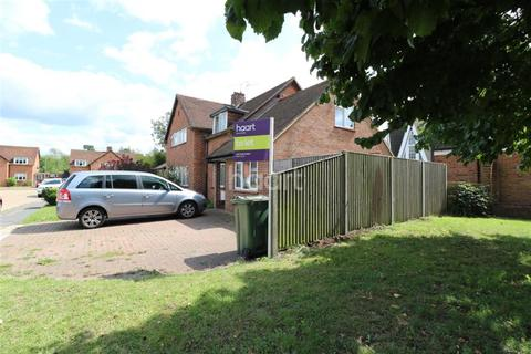 1 bedroom semi-detached house to rent - Almond Close