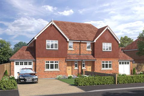 3 bedroom semi-detached house for sale - The Greenways, Dovers Green Road, Reigate, Surrey, RH2