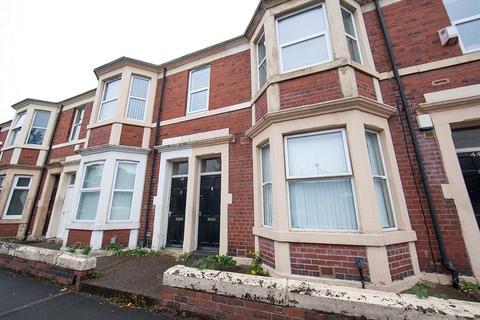 3 bedroom apartment for sale - Helmsley Road, Sandyford, NE2
