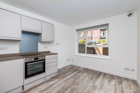 2 bedroom flat to rent - Foster Court, 62 York Avenue, Hove, East Sussex, BN3