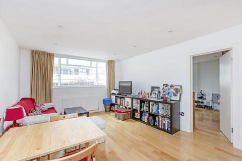 2 bedroom flat to rent - Lichfield Court, TW9
