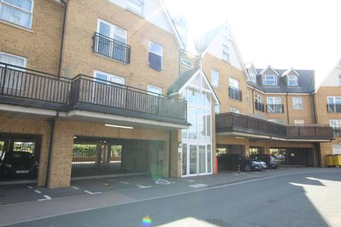2 bedroom apartment to rent - 60 Tanners Close