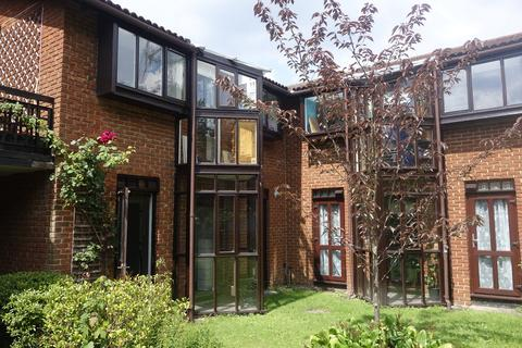 1 bedroom apartment to rent - Spinney Gardens, Crystal Palace