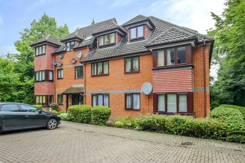 2 bedroom apartment to rent - Crowthorne Lodge, Crowthorne Road, Bracknell, Berkshire, RG12