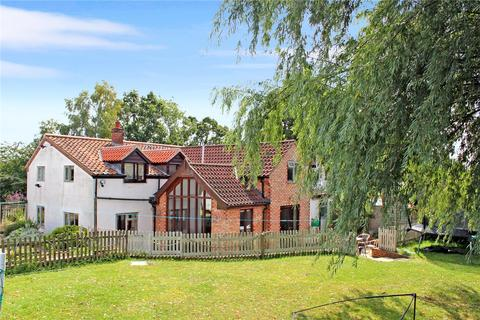 4 bedroom semi-detached house for sale - Kirstead Green, Kirstead (Close To Brooke), Norwich, Norfolk, NR15
