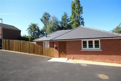 2 bedroom detached bungalow for sale - Uppleby Road, Parkstone, Poole, Dorset, BH12