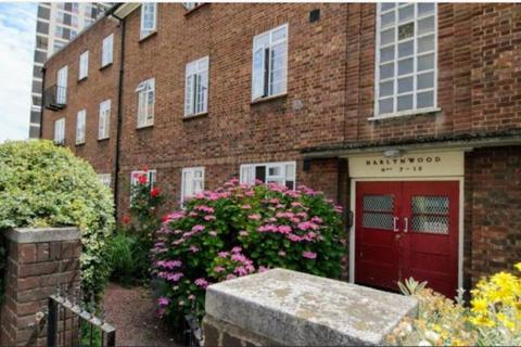 2 bedroom apartment to rent - Wyndham Road, London