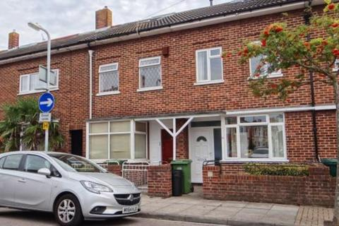 4 bedroom terraced house to rent - Bath Road, Southsea